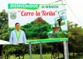 MDC INSTALA PANEL DE SEÑALIZACIÓN HACIA EL MIRADOR CERRO LA TORITA