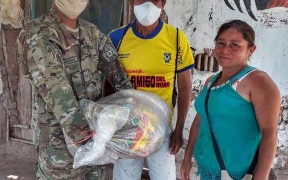 Municipalidad Distrital de Cajaruro realizó la entrega de la canasta básica familiar a los hogares vulnerables de la Capital distrital